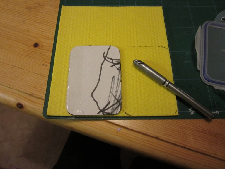 Marking the sponge cloth for cutting